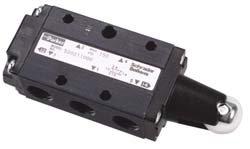 (Parker 520211000 Manual Air Control Valve, 4-Way, 1/4in NPT)