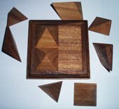 (Pyramid - 9 piece wood puzzle and brain teaser)