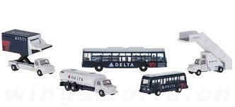 Gemini Jets Delta Airport Service Vehicles 1:200 Scale Model Die-Cast Part#G2DAL720