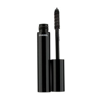 le volume de chanel mascara matas