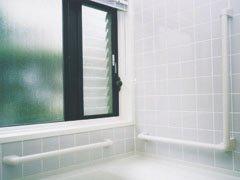 ナカ工業 ニューソフトハンド P-34NV L型 浴室手すり Φ34×700×600mm P34NV-7060 グレイホワイト(41660-15805)   B00NINLPUU