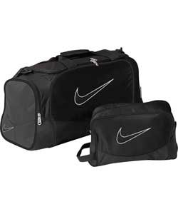 8fd22ee735 Image Unavailable. Image not available for. Colour  Nike Brasilia Small  Holdall and Boot Bag ...