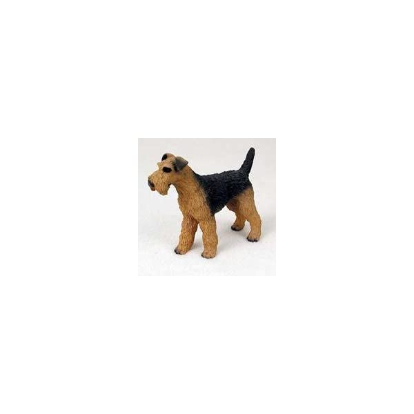 Airedale Terrier Dog Figurine 1