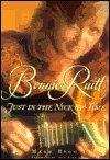 Bonnie Raitt, Mark Bego, 1559723157
