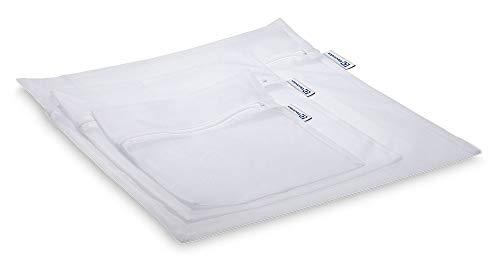 Conjunto com três protetores Electrolux para roupas delicadas tamanhos P, M e G