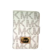 Michael Kors Jet Set Passport Case (Vanilla)