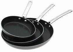 Farberware Nonstick Aluminum 3-Piece Skillet Set
