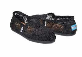 Toms Women's Classic Moroccan Crochet Black Casual Shoe 7.5 Women US