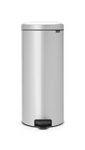 Brabantia Step Trash Can newIcon with Plastic Inner Bucket, 8 Gal. - Metallic ()