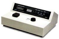 UNICO S-1100RSE Model 1100 Visible Spectrophotometer, 10 nm Band pass, Wavelength Range 335-1000  Preset at 220V