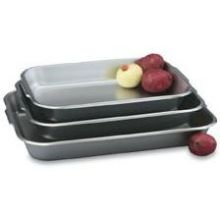 Vollrath 22 Gauge 18-8 Stainless Steel Bake and Roast Pan, 3 1/2 Quart Capacity -- 3 per case. by Vollrath