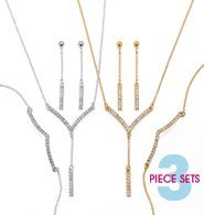Avons Rhinestone Necklace Gift ()