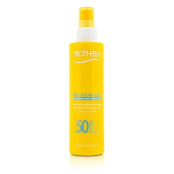 Biotherm Solaire Lacte Light Moisturizing Sun Spray SPF 50, 6.76 Ounce Review