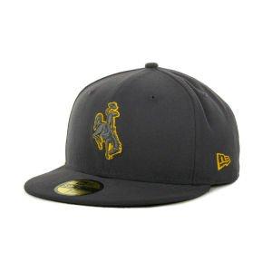 Amazon com : New Era Wyoming Cowboys Gray Pop 59FIFTY Cap