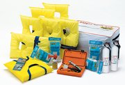 SeaChoice ''Yachtman C'' Safety Kit 45351 YACHTSMAN C SAFETY KIT by SEACHOICE (Image #1)
