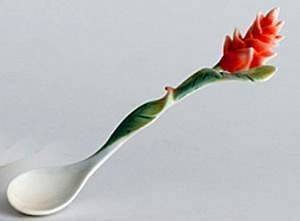 - FRANZ COLLECTION SCULPTURED PORCELAIN *Tropical Blossoms* RED GINGER SPOON
