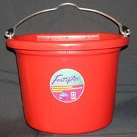 Fortiflex Flat Back Feed Bucket for Dogs/Cats and Small Animals, 8-Quart, Red by Fortiflex