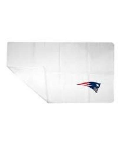 NFL Licensed 25'' x 16'' Cooling Towel (New England Patriots)