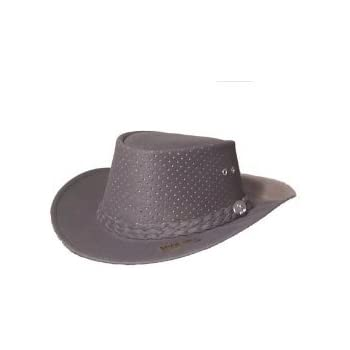 34f5679bd90 Amazon.com   Aussie Chiller Outback Bushie Chiller Golf Hat - Pearl ...