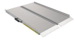 30''W x 48''L x 1400 lb WLL Aluminum EZ-ACCESSÂ TRAVERSE™ Loading Ramp
