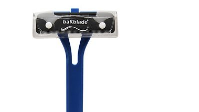 BaKblade 1.0 - Ultra-long and easy-to-use handle-back epilator and body razor for a precise and painless shave. Replacement blade cartridges are available for wet or dry shaving by baKblade (Image #2)