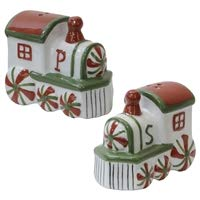 train salt and pepper shakers - 1