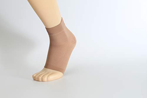 BECCIS Plantar Fasciitis 20-30mmhg Compression Socks Foot Sleeves are Used for Foot, Ankle Pain Relief -Best for Men, Women, Nurses, Maternity Pregnancy, Running & Heel Spur (Large Beige 1 Pair)