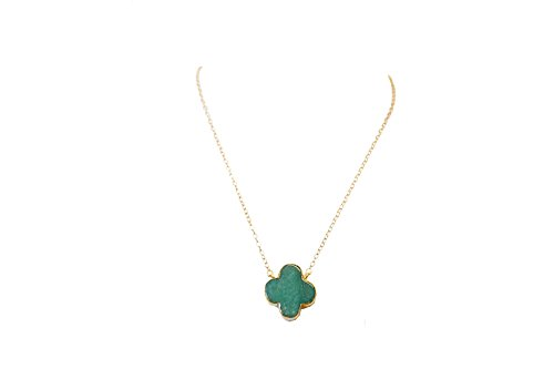 Lucky Gemstone Four Leaf Clover Charm Pendant Necklace in 24K Gold - Birthday, Wedding, Anniversary, Engagement, Bridal Party X-mas Christmas Gifts Thanksgiving Holiday New Year Party (Green Onyx)