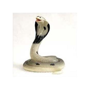 COBRA Indian King Cobra SNAKE ready to strike Figurine New Resin AF29