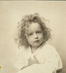 1900 Portrait of a young girl with tousled hair / The Misses Selby, N.Y. Vint c1