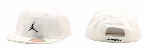 Nike Infants Baseball (Nike Jordan Infant Boy's Embroidered Jumpman Logo Fitted Baseball Cap (White))