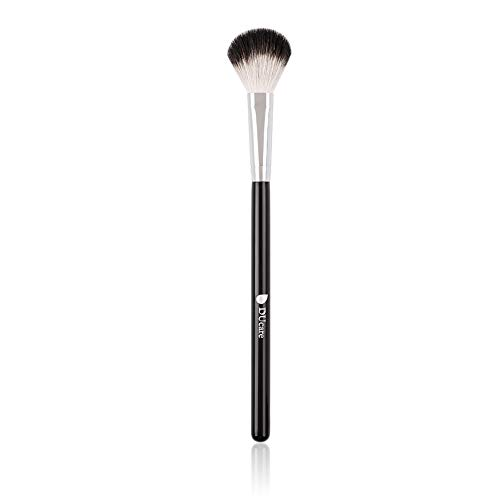 DUcare Highlighter Brush Makeup Brushes Fan Blending Eyeshadow Contouring Blush Brush Goat Hair Cosmetic Tool, 1Pcs Silvery&Black
