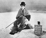 The Gold Rush (1925) Charles Chaplin [All Region, Import, B & W]