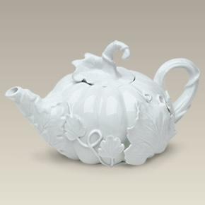28 oz. Pumpkin Teapot