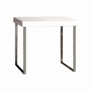 Medium White Modern Nesting Tables by Retail Resource