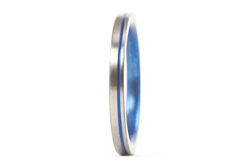 um ring with blue anodized inlay. Water resistant, very durable and hypoallergenic. (00022_2N) ()