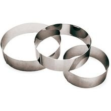 Paderno World Cuisine 9 1/2 Inch by 2 3/8 Inch Ice Cake Pastry Ring