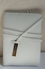 salvatore-ferragamo-parfums-document-holder