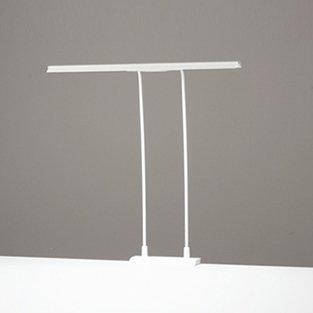 ODELIC LEDデスクライト T-Line スタンダードタイプ LED一体型 クランプタイプ 昼白色 調光タイプ(100%-40%) 光束1200lm OT888007 B07CZW7JPX