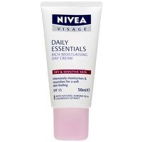 Nivea Daily Essentials Oil Free Moisturizing Day Cream 50 Ml
