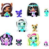 Monster High Minis Draculaura Frankie Stein Clawdeen Wolf Cleo De Nile Lagoona & Pets 5 Set]()