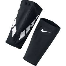 Nike Nike Guard Lock Elite Sleeve (Black) (M)