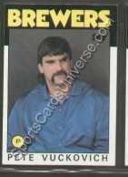 1986-topps-regular-737-pete-vuckovich-milwaukee-brewers-baseball-card