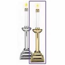 Pr 10  Brass Candlesticks: ()