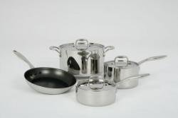 MASTERCLAD 7 Piece Cookware Set . Non - PFOA Nonstick System.