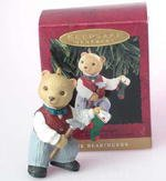 Hallmark Keepsake Ornament – Papa Bearinger 1993 – First in Series of Bearingers - In Denver Mall Stores