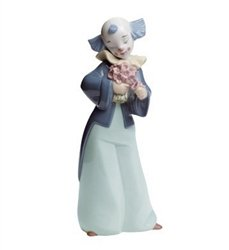 Lladro Gifts - Lladro Nao Porcelain Figurine Courteous Clown