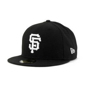 New Era Men's 59FIFTY? San Francisco Giants Black Hat 7 3/8 from New Era