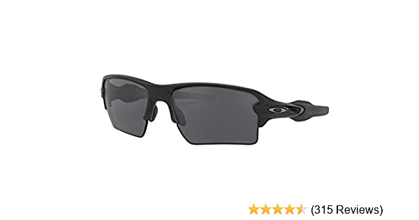 00776ea299 Amazon.com  Oakley Mens Sunglasses Black Grey - Polarized - 59mm  Clothing