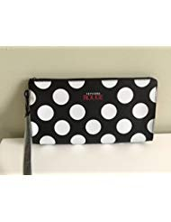 - Sephora Rouge Makeup Clutch, Limited Edition